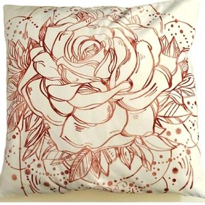 """💜2/$24💜18"""" square microsuede floral pillow cover"""